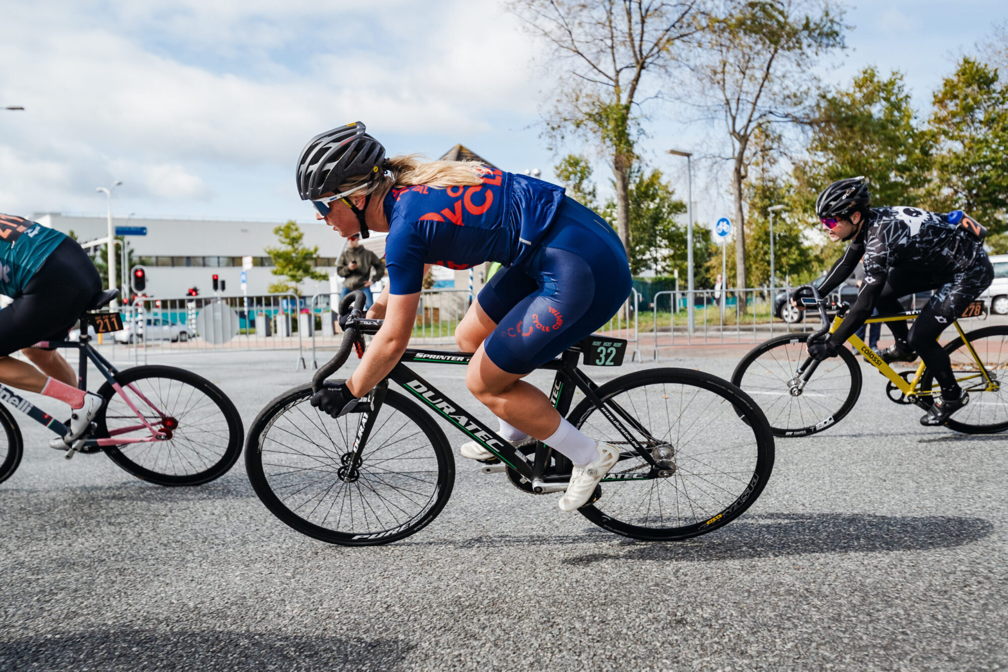 Isabel Tambach in last NL Crit race of 2020 season